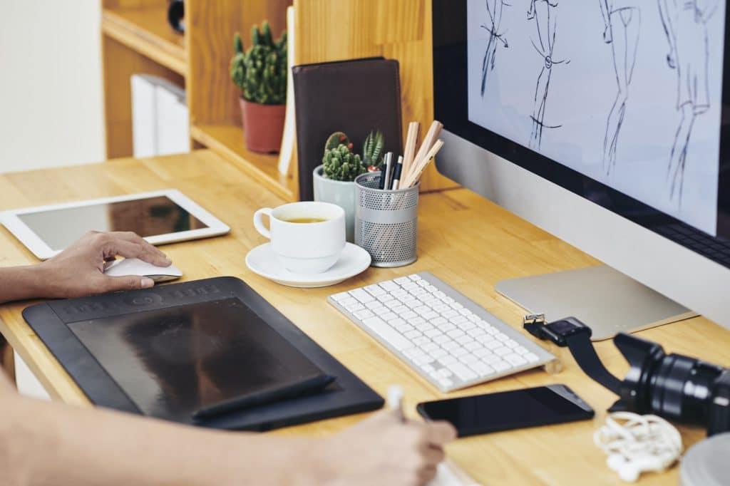 Listez les compétences et outils que vous maitrisez dans votre CV graphiste