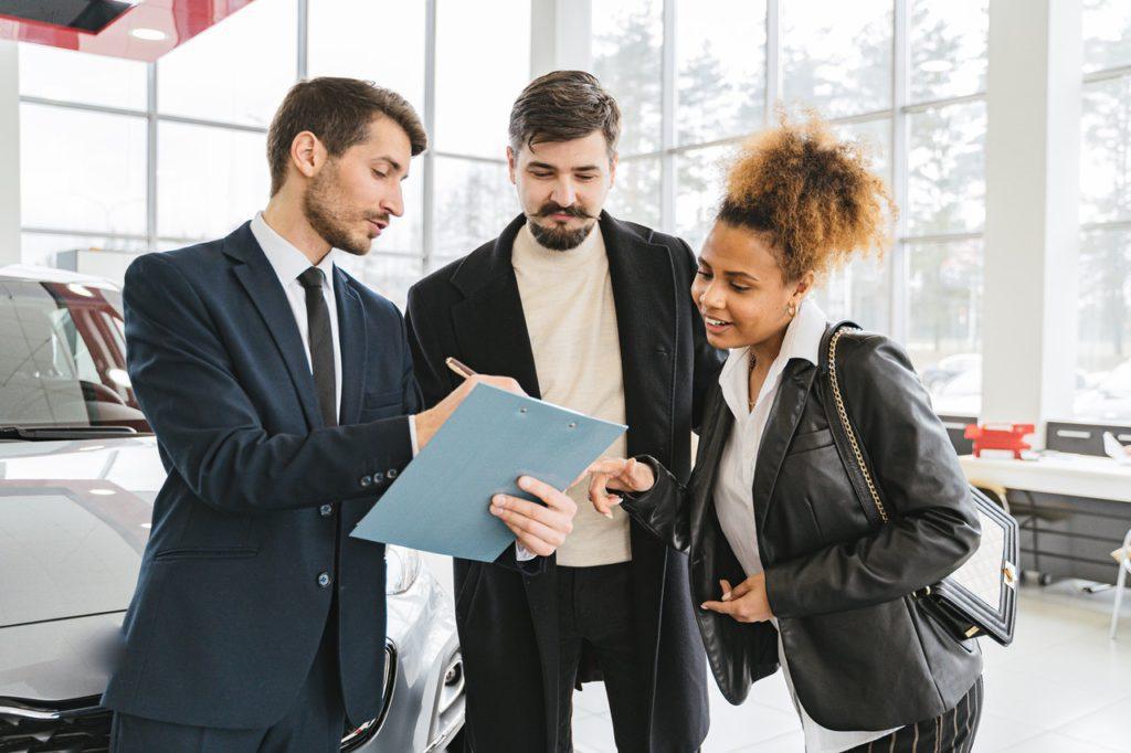 automobile salesperson